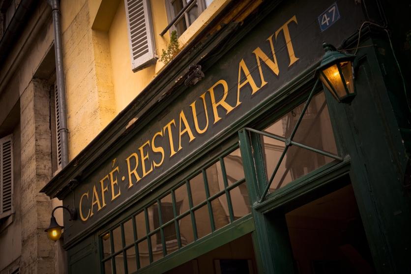 Restaurantshutterstock_93459643